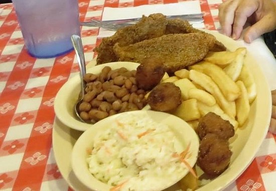 Ada, Οκλαχόμα: Catfish Dinner