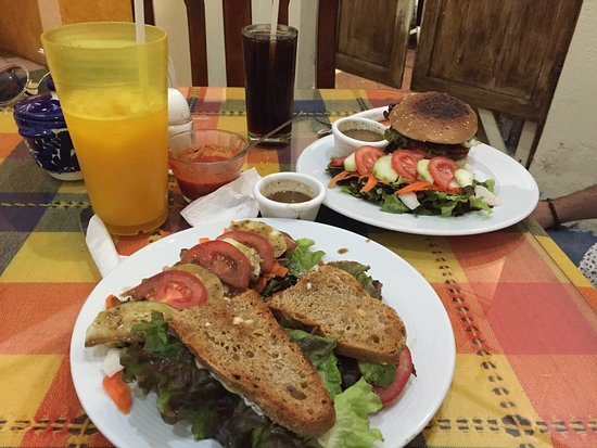 Bagel Cafe: photo0.jpg