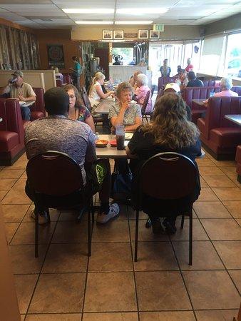 Grantsville, Юта: dining area