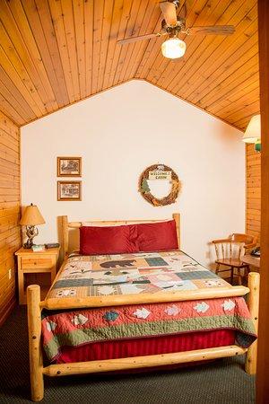 Tomah, WI: 1 Bedroom Cabin