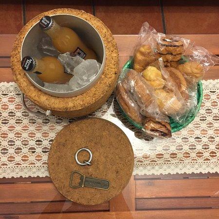 Casa Rural La Posada de Maria: El desayuno que nos dejó preparado Paco para el día que salíamos muy pronto.