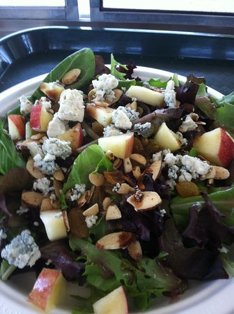 Farm to Fork Eatery : Harvest Salad