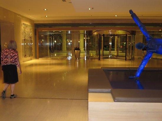 InterContinental Athenaeum: lobby