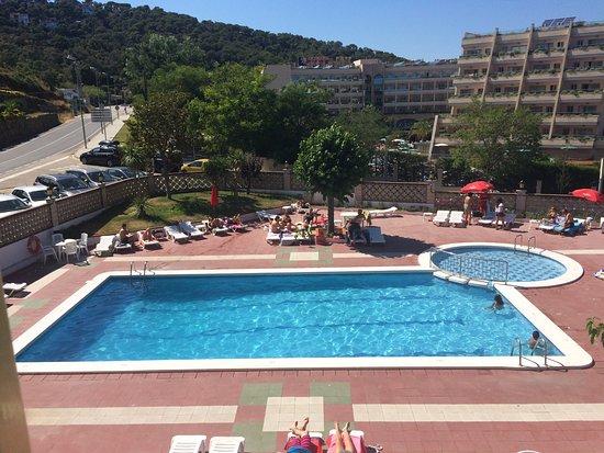 Bonita Piscina Para Familia Con Niños Picture Of Hotel Continental Tossa De Mar Tripadvisor