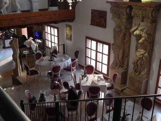 Lendava, سلوفينيا: Bella Venezia, interior