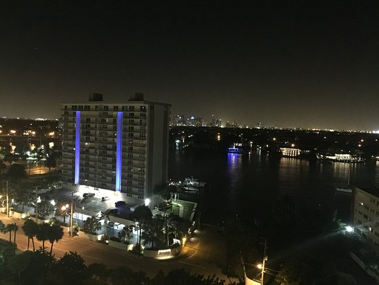 Beach Place Towers Fort Lauderdale: Intercostal View