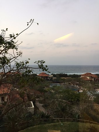 Баллито, Южная Африка: Fabulous view from the Room out to the Pool and Indian Ocean
