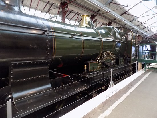 Swindon, UK: display steam engine