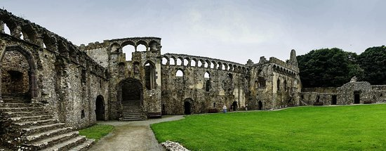 St. Davids, UK: Pano of the buildings