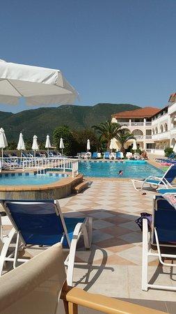Plessas Palace Hotel: Pool area
