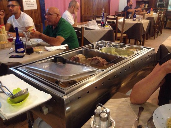 Al Folzone: Very good true italian food!!