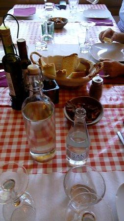 Llorts, Andorra: la mesa