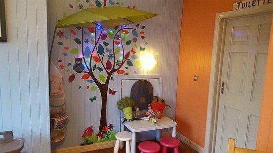 Virginia, Irlandia: Kids area