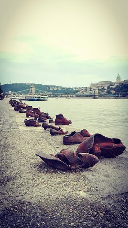 Shoes on the Danube Promenade Memorial: IMG_20160726_190153_large.jpg