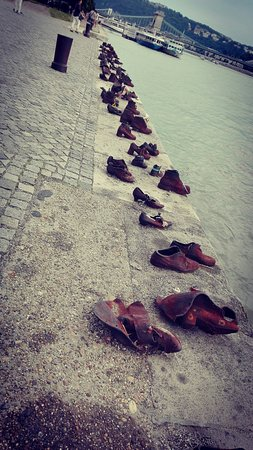 Shoes on the Danube Promenade Memorial: IMG_20160726_190203_large.jpg