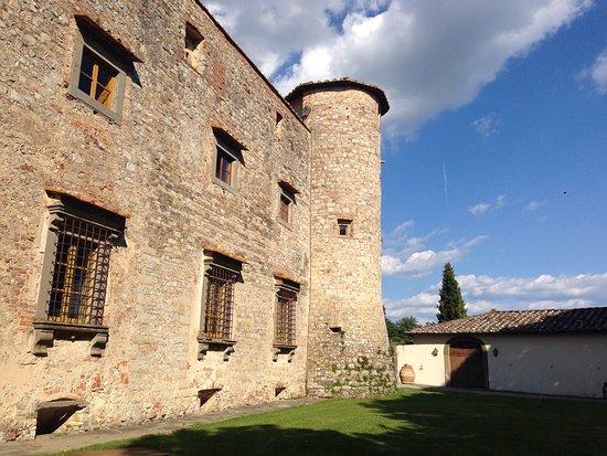 Gaiole in Chianti, إيطاليا: photo1.jpg
