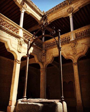 Casa de las Conchas: photo4.jpg