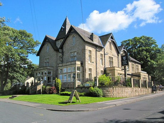 The Wheatley Arms: The Wheatley, Ben Rhydding, Ilkley - 3-4 minutes walk from the station