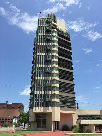Bartlesville, OK: The Frank Lloyd Wright Price Office Building