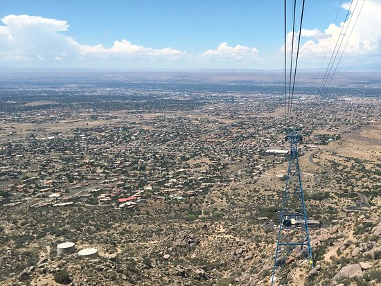 Sandia Peak Tramway: On the way down.