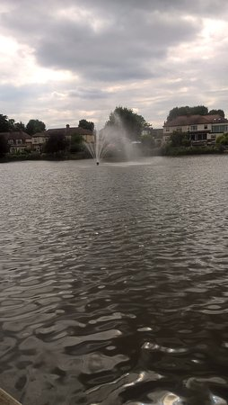 Romford, UK: View of the water feature from the bottom of the park