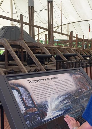 U.S.S. Cairo Museum: Fascinating to see a real Ironclad ship