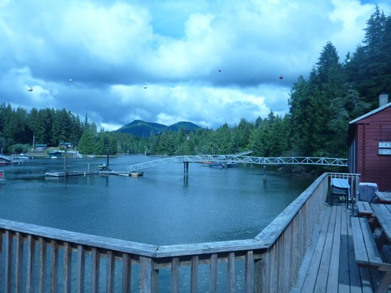 Seabeam Fishing Resort: The Lodge is on a very protected inlet.