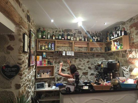 Caunes-Minervois, Prancis: La Table d'Emilie