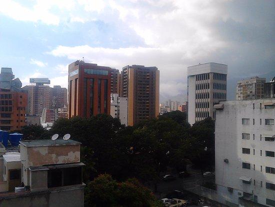 Hotel Plaza de Venezuela : Vista desde la Habitacion piso 8