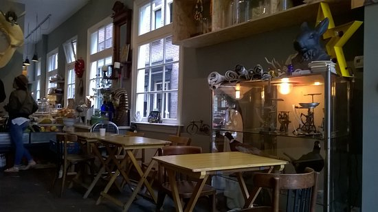 Int rieur picture of ivy bros amsterdam tripadvisor for Interieur amsterdam