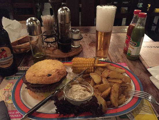 Desperado Mexican Restaurant & Bar: Delicious Burger & Tacos