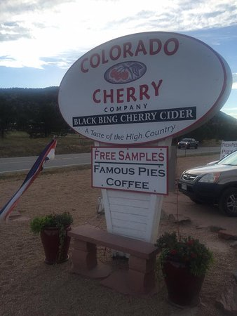 Lyons, CO: The sign says it all: famous pies.