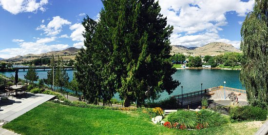Chelan House Bed and Breakfast: photo2.jpg