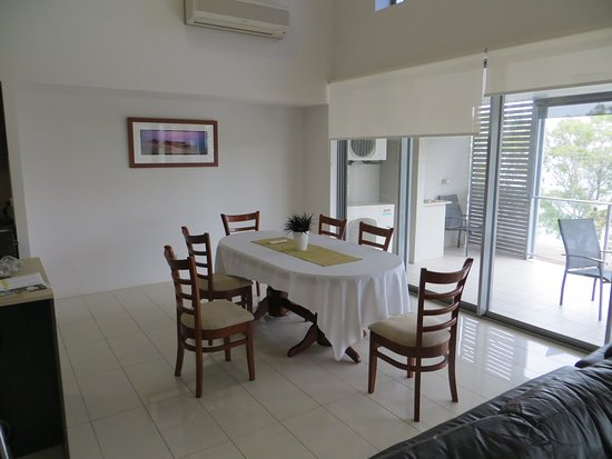 Bongaree, Australia: Dining