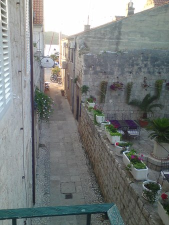Vis, โครเอเชีย: Balcony View.