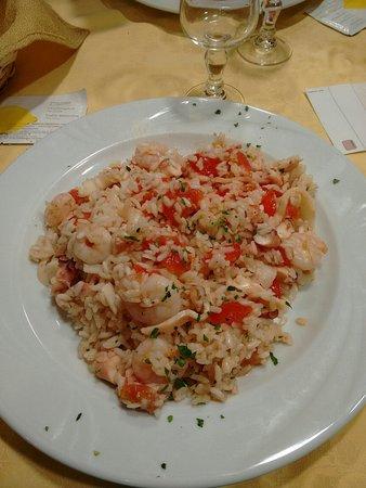 Pavullo Nel Frignano, Italia: IMG_20160723_210047238-1200x1600_large.jpg