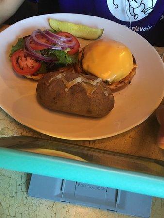 Gaylord, MI: Burger and ribeye