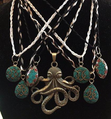 Batu Ferringhi, Malasia: Mr Octopus & Tibetan pendants