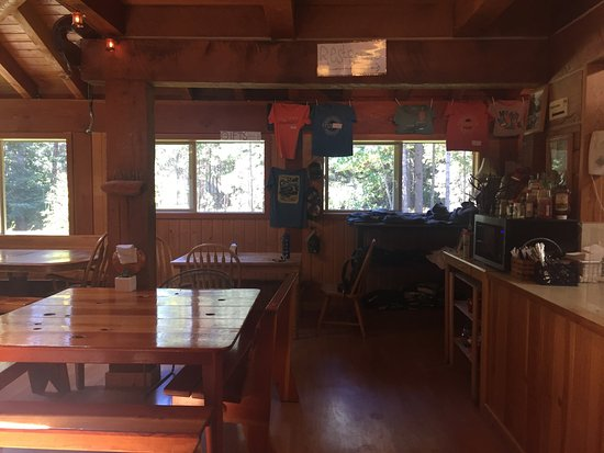 Stehekin Pastry Company: inside seating