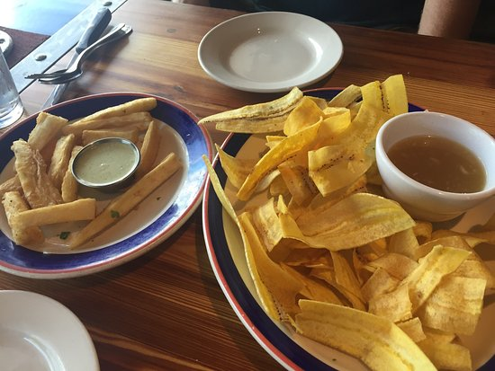 Barrio Latino Restaurant: Barrie Latino: our Ropa Vieja and starters, etc.