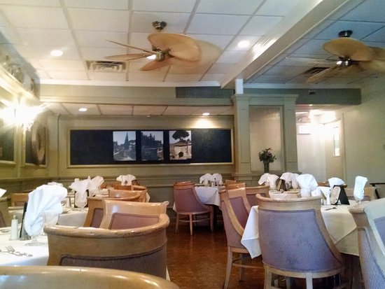 Bradley Beach, NJ: Interior Main Dining room