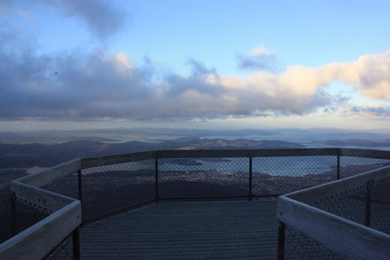 Mount Wellington: lookout at the top