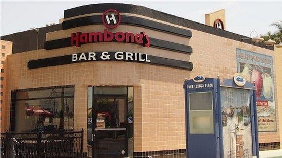 Bellflower, Kalifornien: This is Hambone's .... Bar & Grill.  Not Po Boys