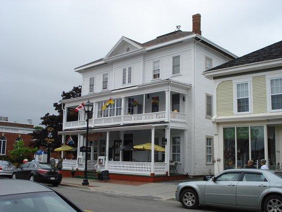 Kennedy Inn Photo