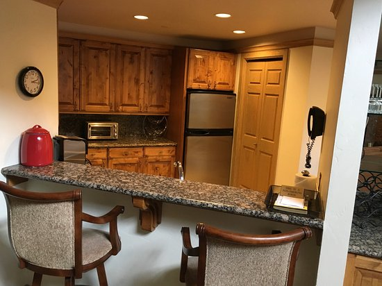 Park Plaza at Beaver Creek: Kitchen Area, Top of the line
