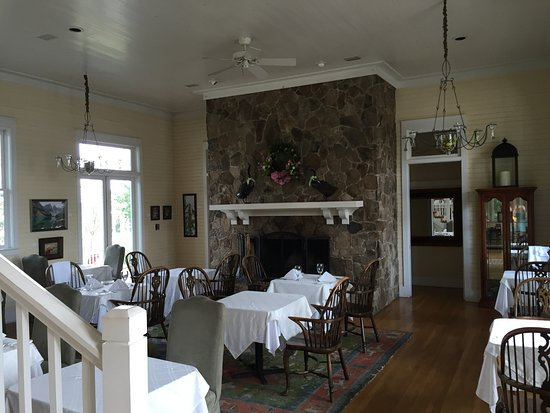 Pisgah, AL: Dining area in the lodge