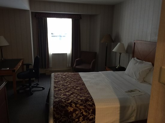 Lord Elgin: Inside our room