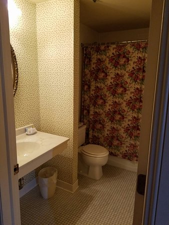 DeSoto House Hotel: 20160724_141003_large.jpg