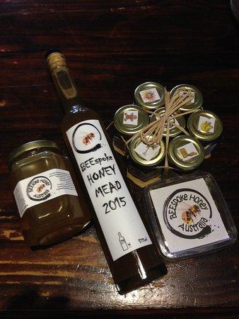 Bulli, Australia: all i can say is OMG..... local australian honey mead