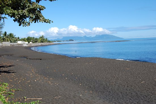 Arue, Polinesia Francesa: Black Sand Beach